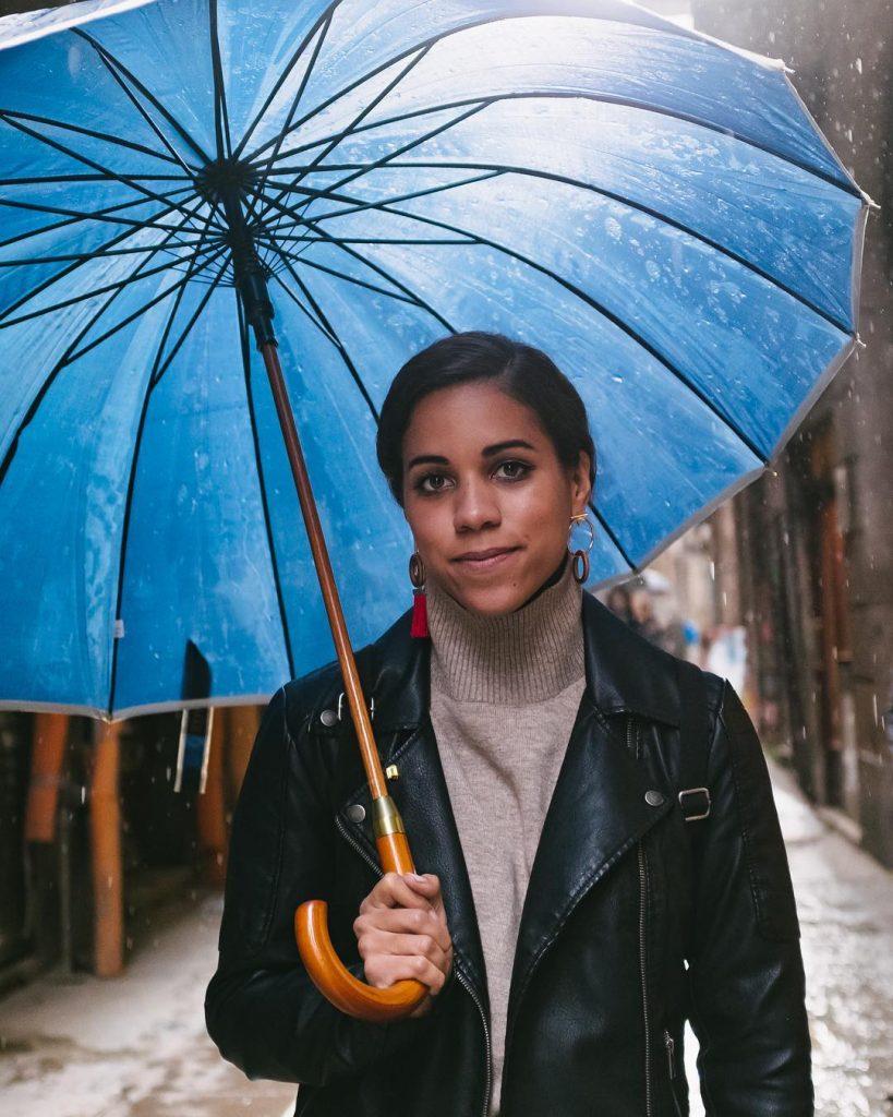 Alexi McCammond with Umbrella