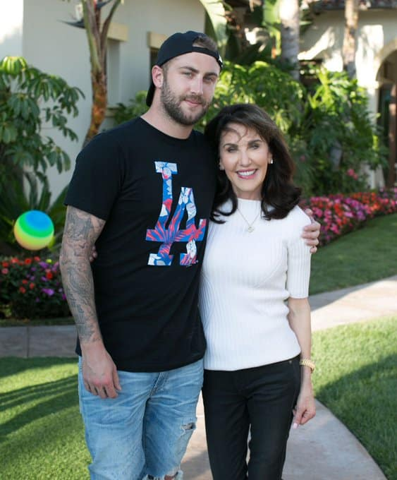 Robin McGraw with her Son